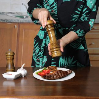 Green Kitchen Wooden Salt and Pepper Mill with Strong Adjustable Ceramic Grinder Ceramic